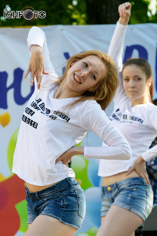 Последний звонок в школах Ижевска