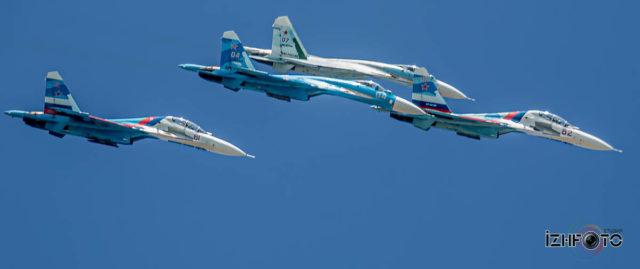 Фото российских пилотажных групп
